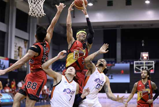 Beermen, Bolts clash in do-or-die Game 2