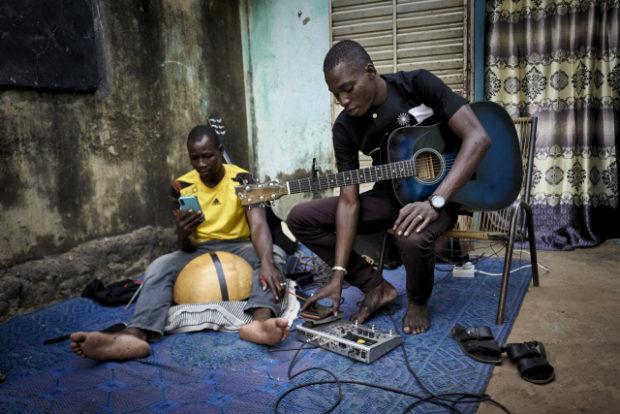 WhatsApp recordings throw lifeline to Sahel artists