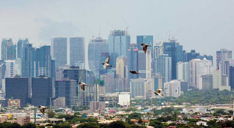 Severe slump may amplify risks for Philippine banks – IMF