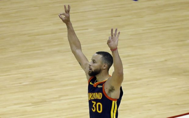 Steph Curry scores 41 as Warriors roast Pelicans
