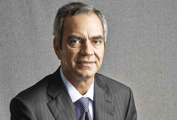 Razon lashes out at Nayong Pilipino for opposing vaccination site